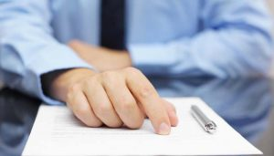 How to Get an Agent and Sign a Contract With an Agency