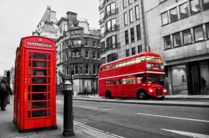 London Red Buses - Moving to London and Living in London